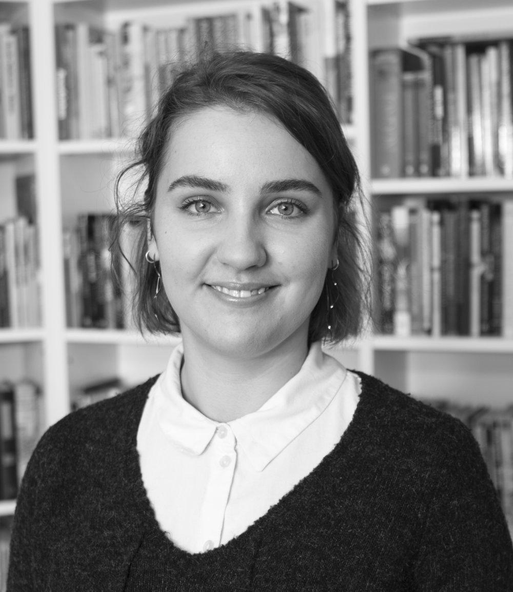 Marlene Fedelius Studentischer Mitarbeiterin mfl@lrforlag.dk