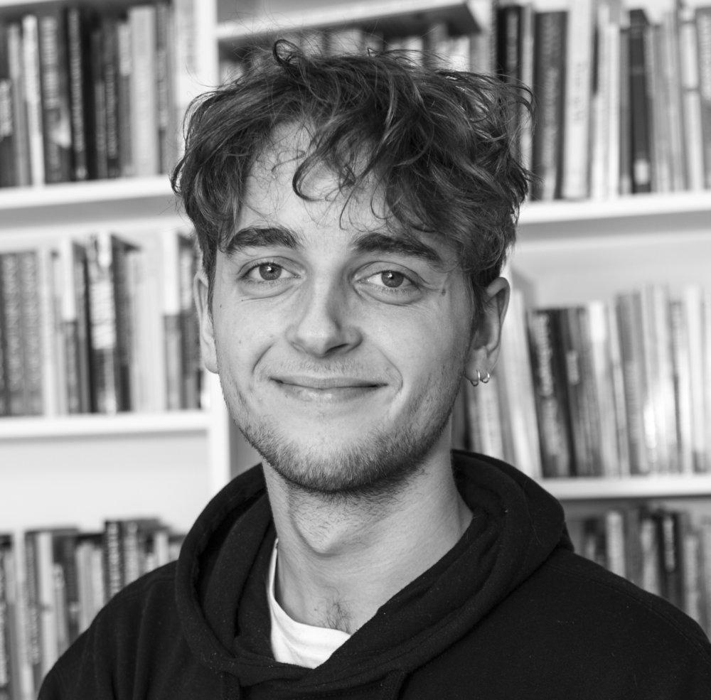 Mikkel Marcus Strandberg Student assistant mms@lrforlag.dk