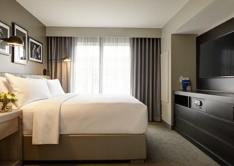 Archer Hotel - Boston, MA: Bed Styling