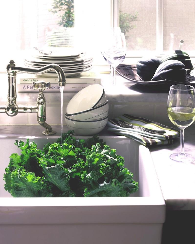Bloomingdale's Home Book: Dinnerware