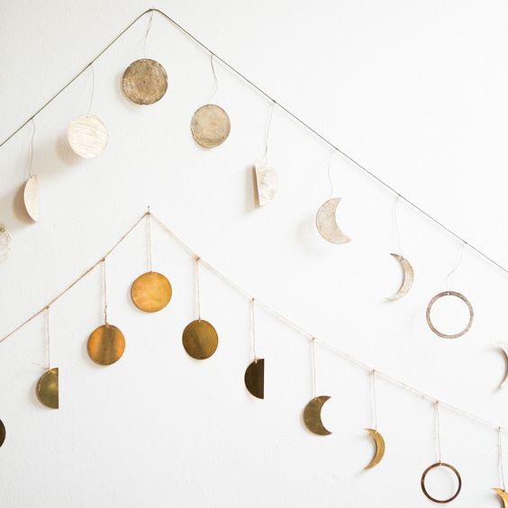 Moon Garland. - Very bedroom-proof and easy to DIY eventually.