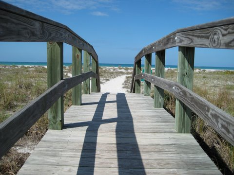 Palm Island boardwalk to beach.jpg
