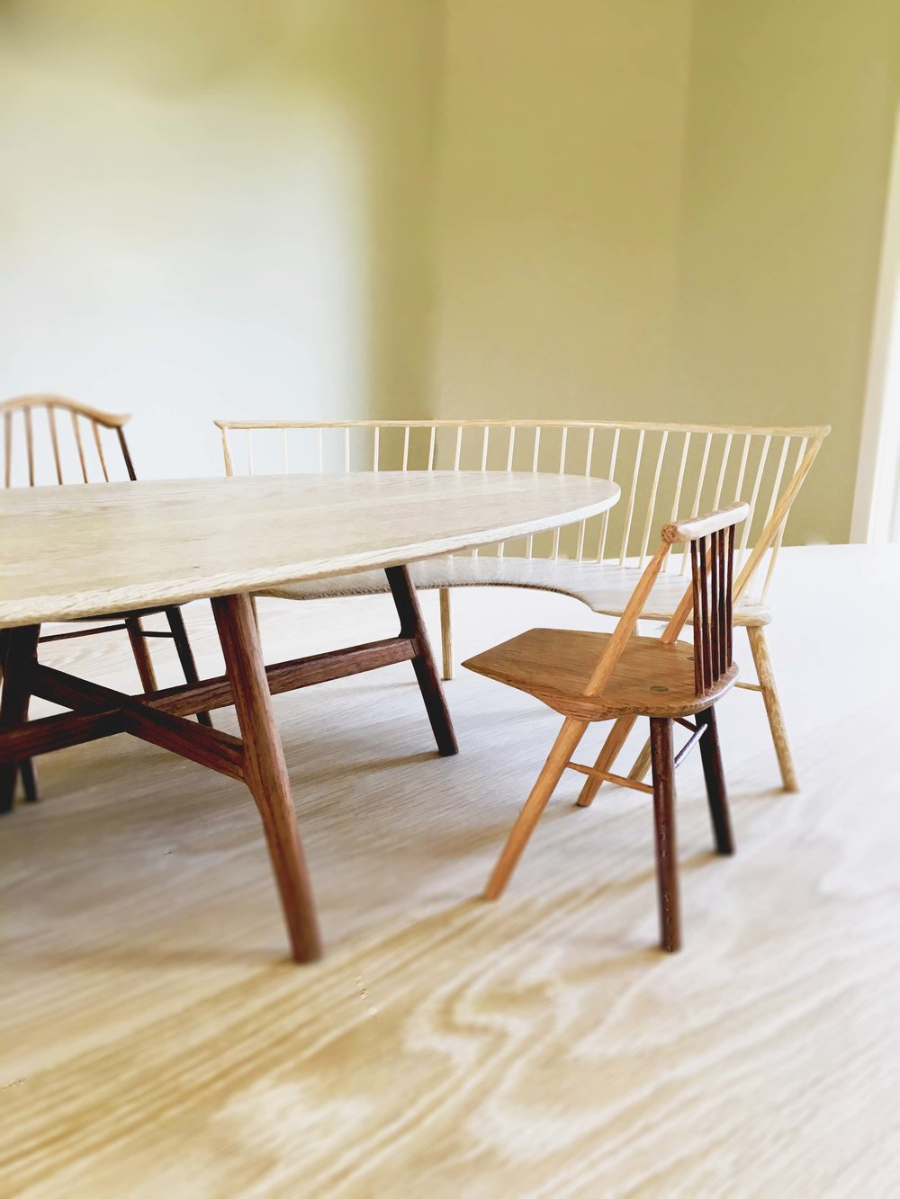 Charming Tiny Table With Chairs