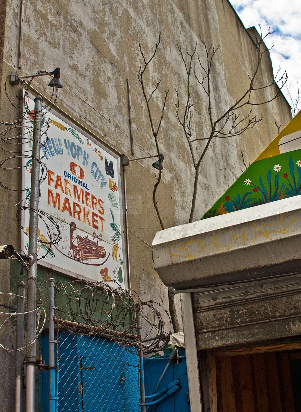 Barbed market