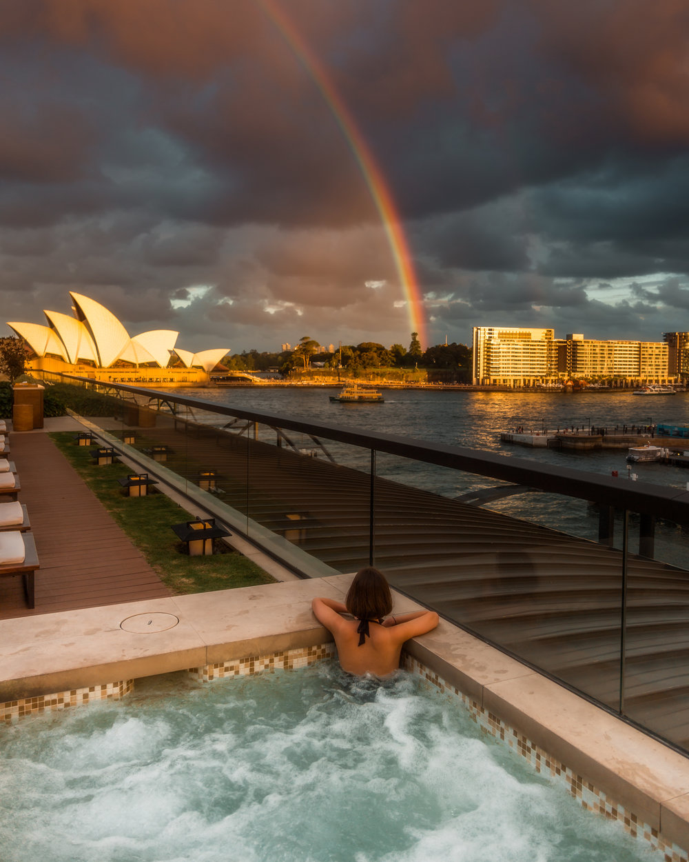 Stayed at The Park Hyatt for a night with Asha.  It was a really nice stay, though the weather wasn't great, we did get a rainbow in the afternoon above the Opera house.  The hotel has an amazing location with amazing views of the opera house and bridge, yet feels spaciously placed by the bridge.