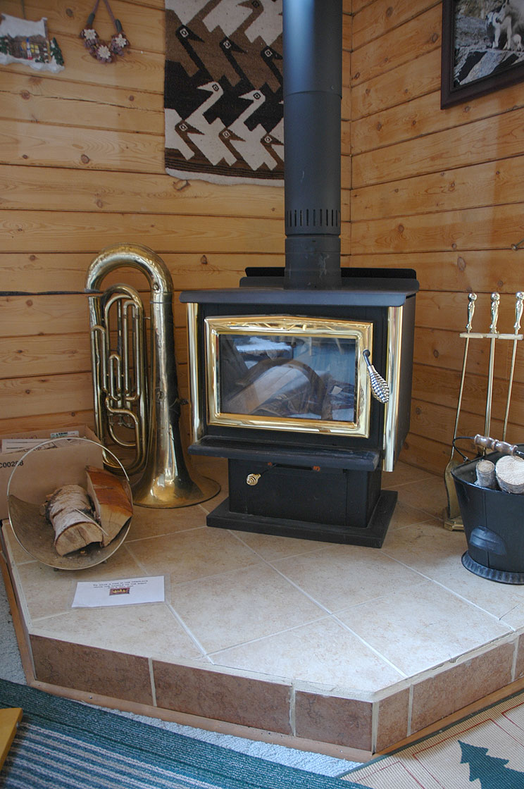 Warme Gemuetlichkeit auch ohne ein Feuer im Kamin.