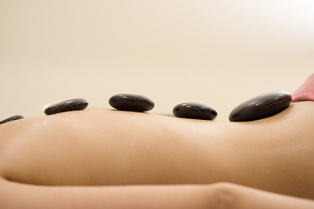 masage_stones.jpg