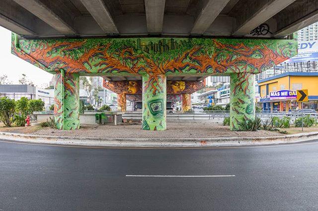 Mural: El manglar y la huella humana. Artistas: @casotres  @madmagoz8 @sinlessoner @sole.grk @magma_grk Producción: @martanoemi.n • #graffiti #espaciopublico #manglares #Panamá #fotodocumental #documentaryphotographer #murales #mural #Panamazing