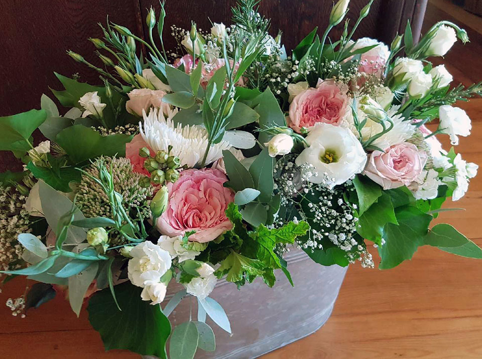 pale pink and white arrangement.jpg