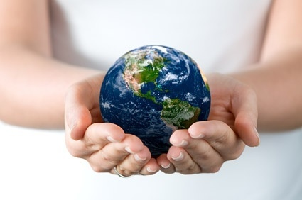 hands_holding_the_earth_picture_165318.jpg