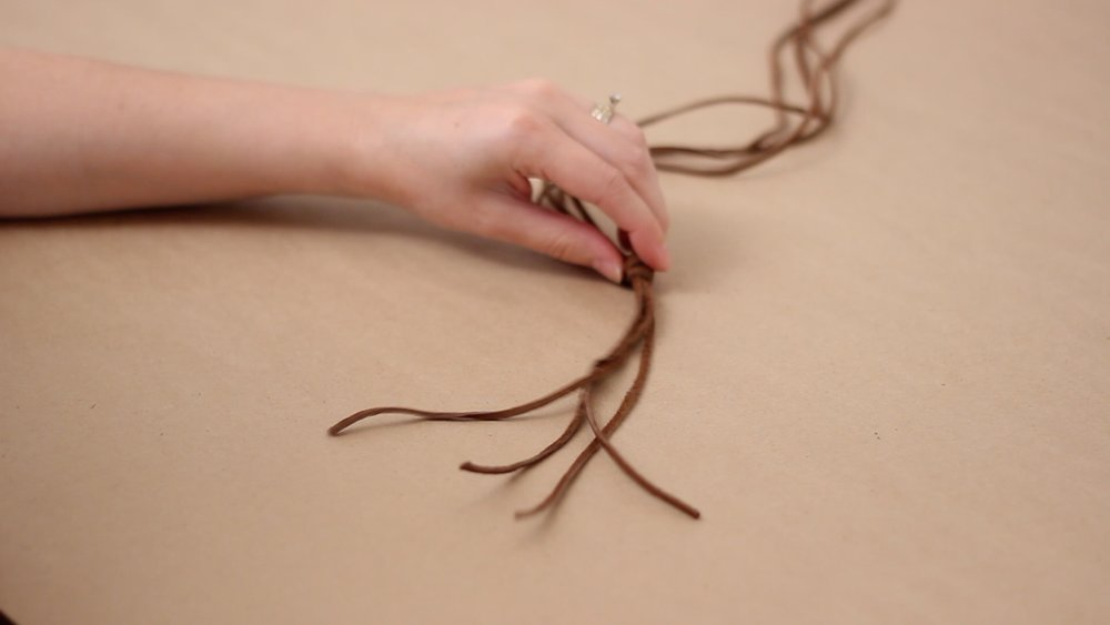 make knot at bottom.jpg