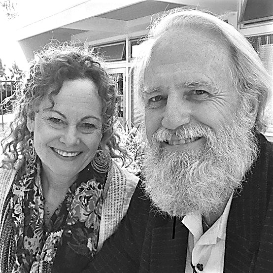 Kent & Cathy Larson Associate Pastors