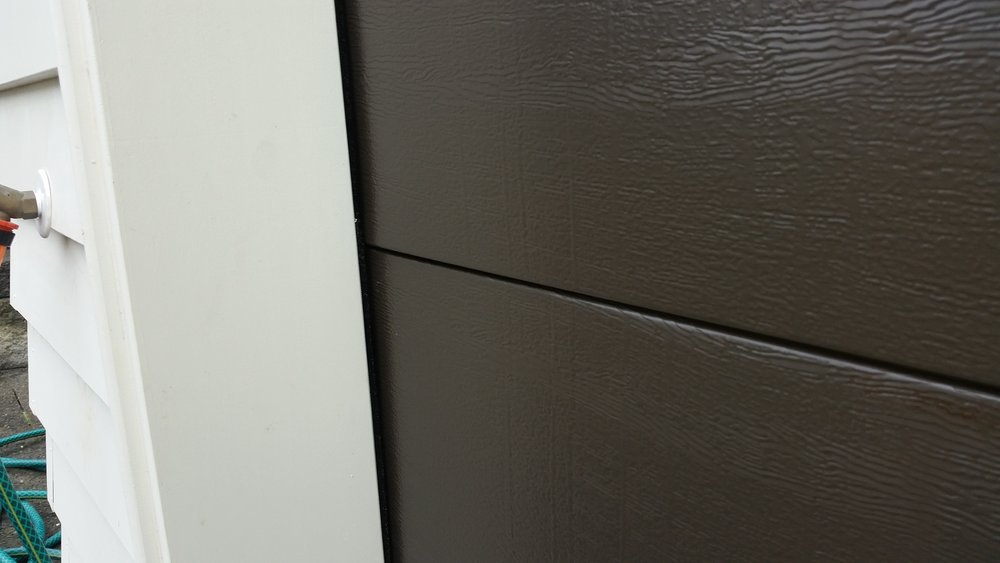 Flat Woodgrain Door.jpg