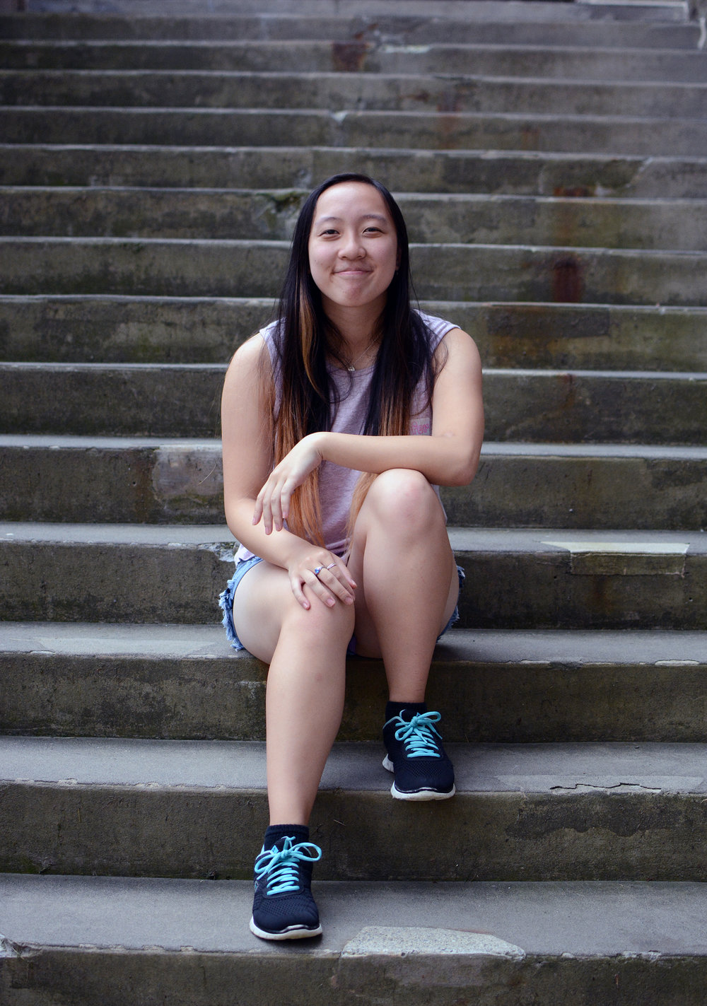 Jennifer Yu   Co-Director of Mentorship Initiatives    Year : Sophomore, 2021  Major : Computer Science  Other Involvements : Steel Bridge, Guild of Visual Arts, Let's Get Coffee, Society of Women Engineers, Chinese Students Association  As Co-Director of Mentorship Initiatives, Jennifer strives to help underclassmen adjust to Cornell and develop as leaders in the community.  She also hopes to facilitate lifelong, meaningful relationships between underclassmen and upperclassmen. In her free time, you can probably find her in Hollister Hall's machine shop pretending to be a civil engineer or Willard Straight Hall's Slope Studio pretending to be an art major.