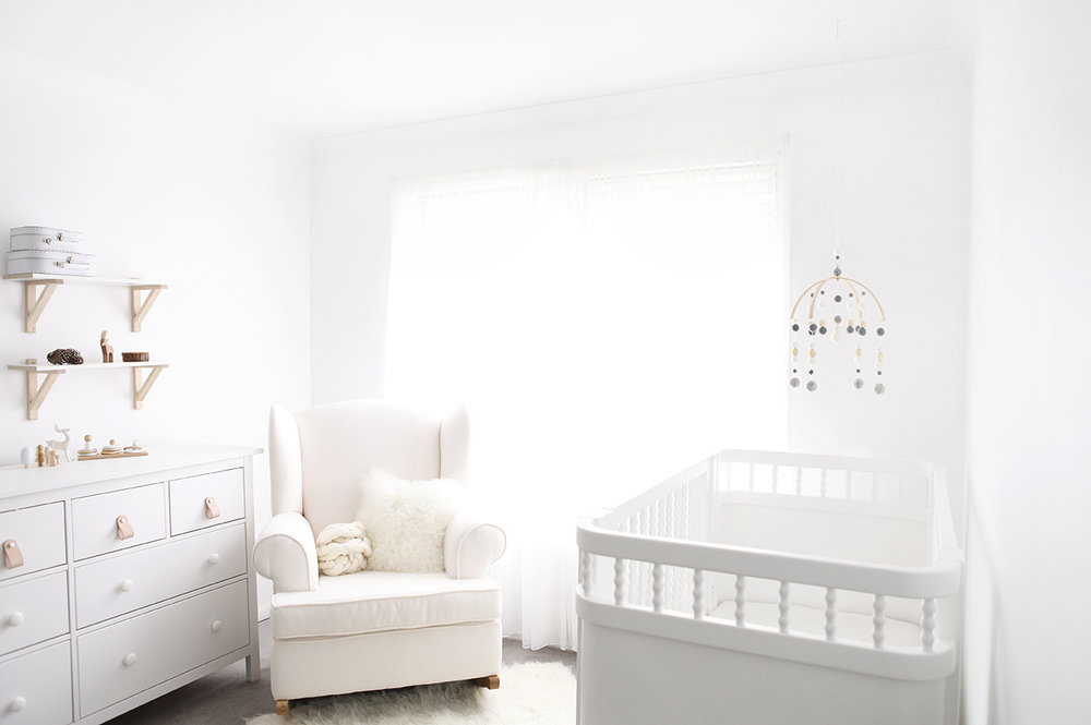 Grey and White Baby Mobile_1.jpg
