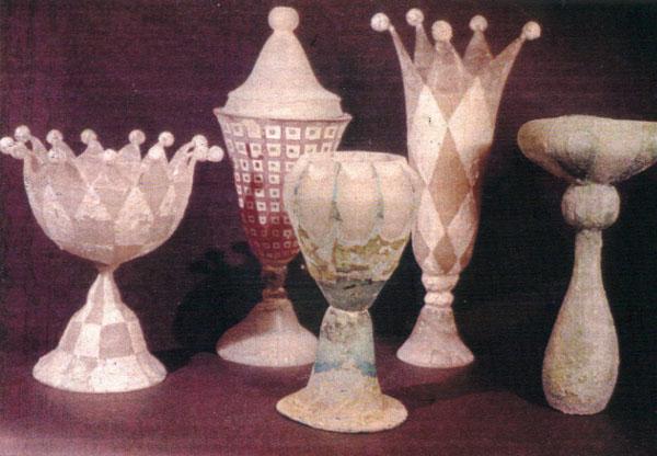 17. vases.jpg