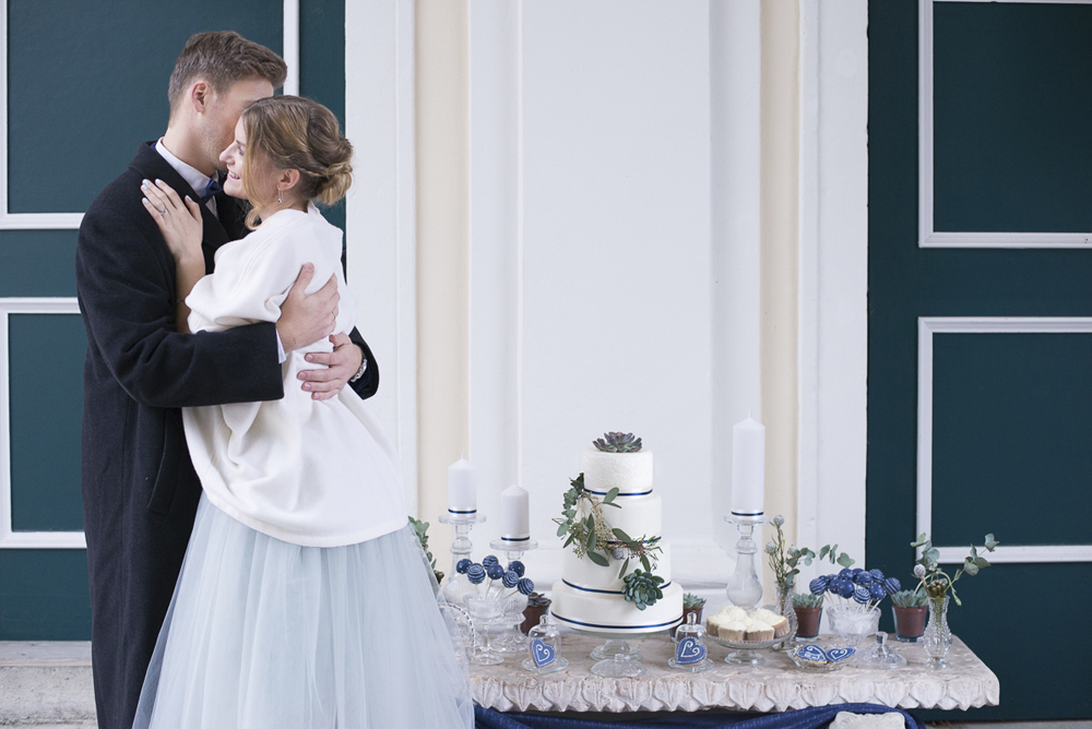 Blue grey silver wedding styled shoot at Schloss Laudon Vienna Austria Barbara Wenz Photography