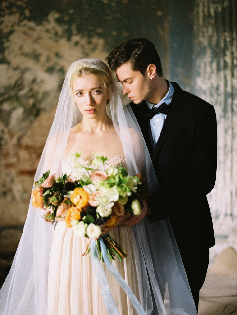 wedding-styled-shoot-russia-inspiration-elena-pavlova-photography-metamorphoses-orpheus-eurydice (30).jpg