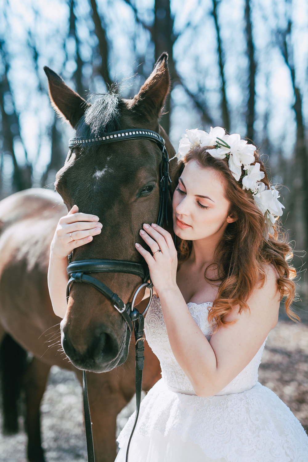 Bridal styled shoot with a horse Metamorphoses by destination wedding planner High Emotion Weddings near Vienna Austria