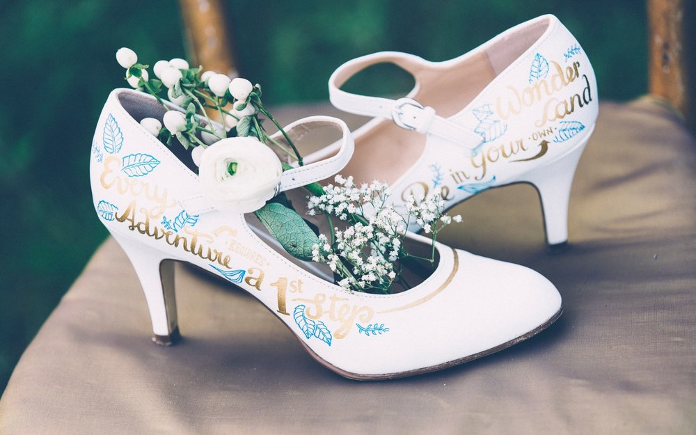 Alice in Wonderland themed same sex wedding styled shoot LGBT Graz Styria Austria Painted Love bridal shoes