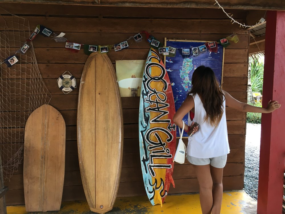 Interesting points in the resort include a map of the Philippine surfing spots (called Mapa.ph) which can be found in the common area in the center of DSR.