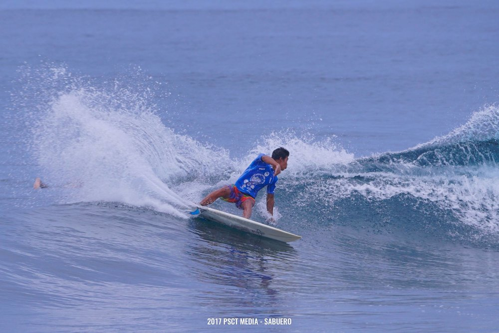 Neil Sanchez of Baler throws a powerful cutback. Photo by Gaps Sabuero