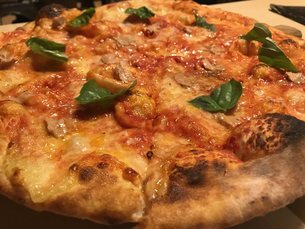 Amare La Cucina's Foie Gras pizza..JPG
