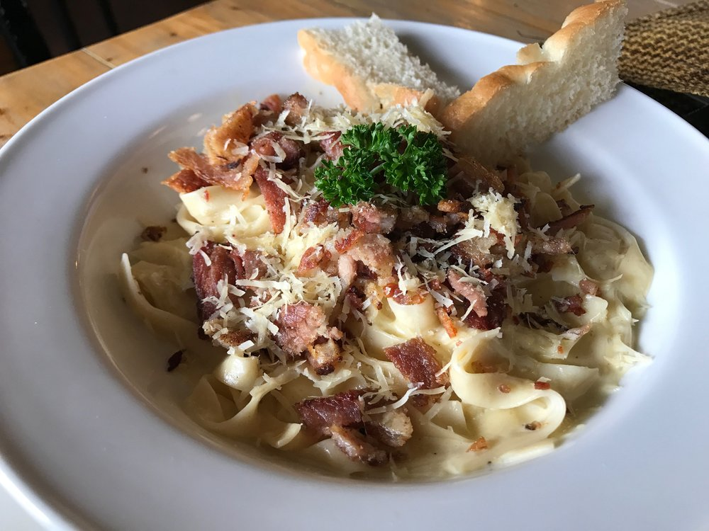Authentic Italian carbonara at Cafe by the Ruins..JPG