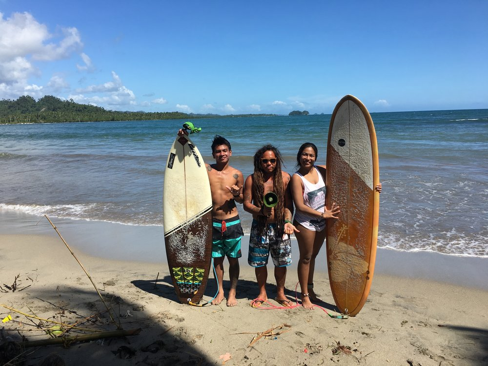 Throwing shakas for my constant Lianga crew, local surfers Joey and Wang! Taken December 2017, photo by Mottie Santos.