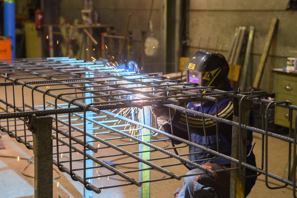 Wapeningskorven  Wapeningskorven worden rechtstreeks op de werf geleverd of verwerkt in prefab beton elementen.