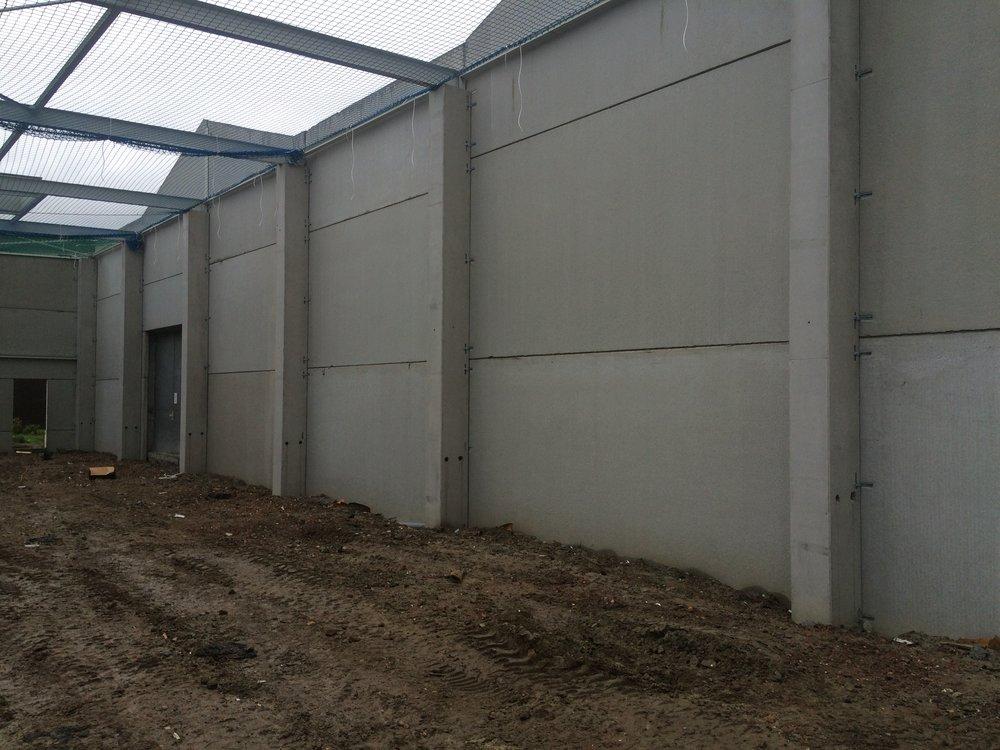 REALISATIE VOOR VANDEN BUSSCHE INDUSTRIEBOUW NV betonkolommen
