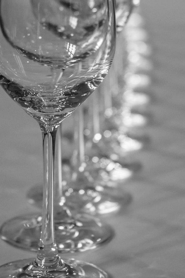 Wine-Tasting-Christmas-2016-600x1000.jpg