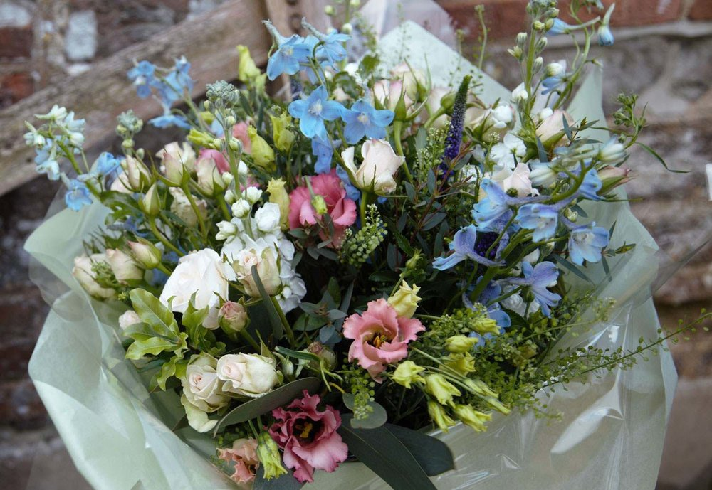 Summer Floral Workshop I with The Floral Artisan: A Garden Inspired Hand-Tied Bouquet