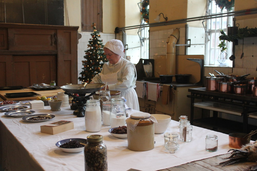 A Georgian Christmas is brought to life by costumed volunteers at selected time @National Trust.JPG