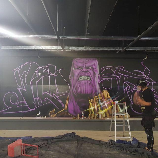 아직 여독이 풀리지 않았네요. 여긴  김해입니다~ 두시간 작업.오늘 작업은 여기까지!! #graffiti #graffitiart #graffitiartist #그래피티 #그래피티아티스트 #닌볼트 #ninbolt #thanos #타노스  #마블 #marvel