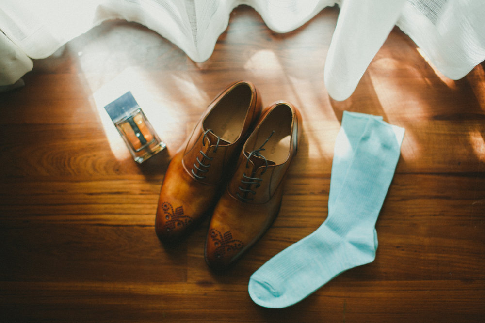 shoes | mario minardi   eau | perfume by dior homme  socks | uniqlo