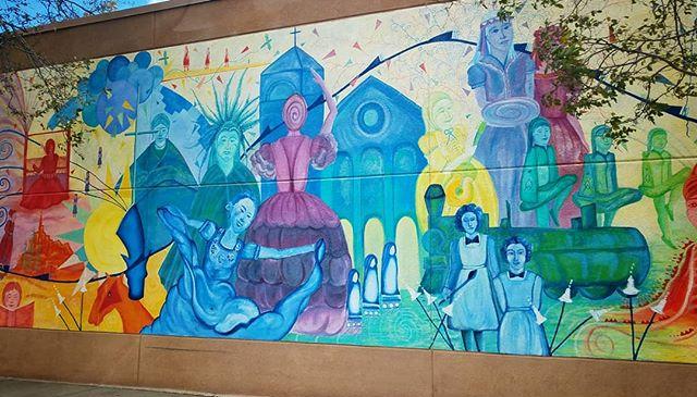 Colorful piece spotted in Gallup... #streetart #artmural #mural #muralist #gallup #nm #nmtrue #nmart #art