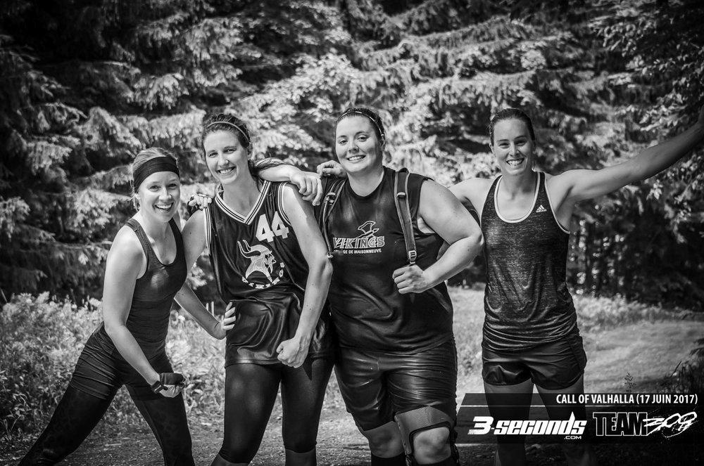Photo équipe féminine course obstacles équipe Valhalla Race