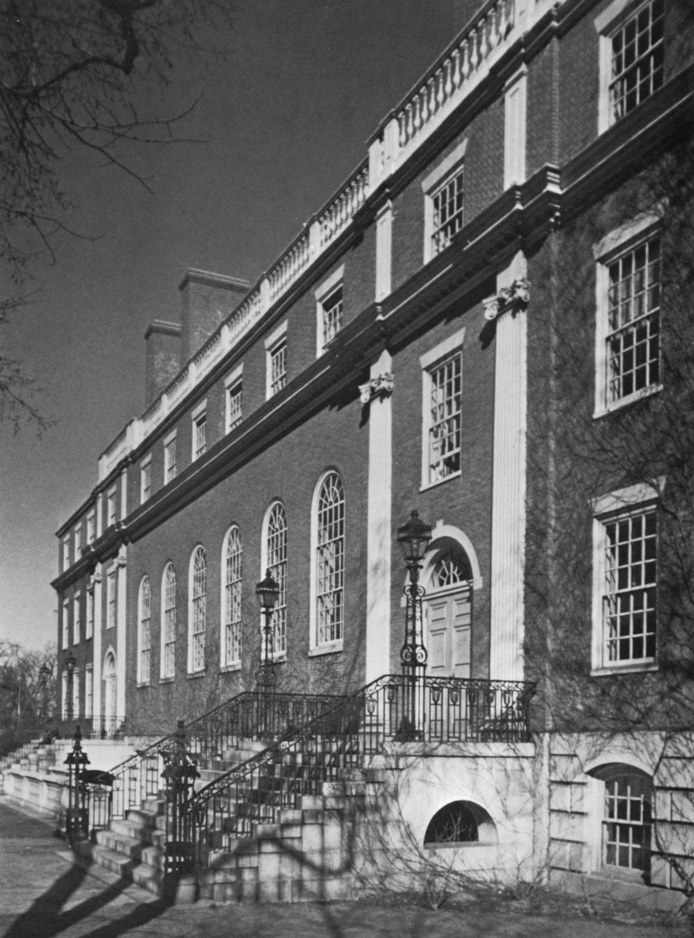RADCLIFFE COLLEGE, LONGFELLOW HAL L, Cambridge, MA