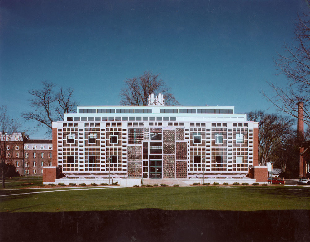 1989_Seeley Mudd Chemistry building_Vassar College.jpg