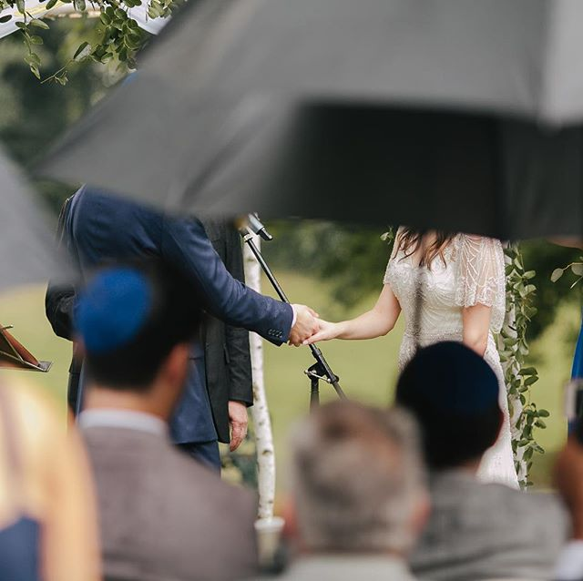 A rainy day reminder of how romantic rainy weddings can feel