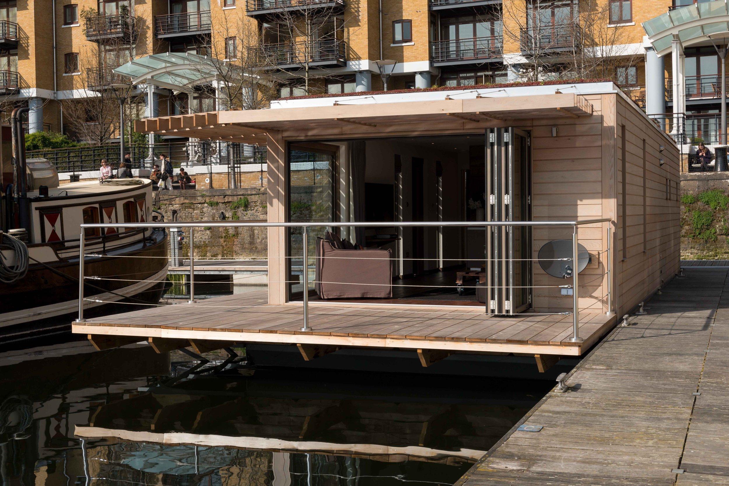 Floating Home Manufacturers Floating Homes Bespoke Offices Ecofloatinghomescom