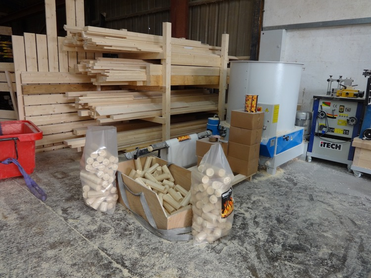 Eco floating homes waste sawdust made in to logs for wood burning stoves