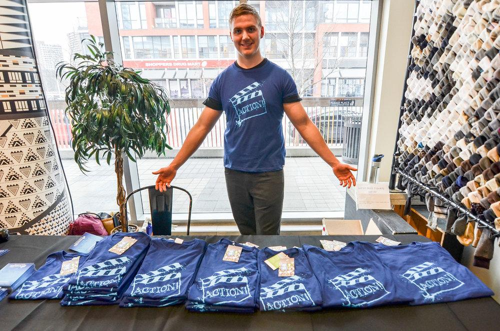 Selling T-Shirts by a wonderful volunteer-Ben Marans.jpg