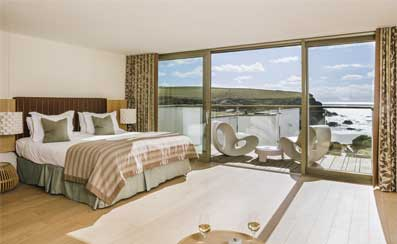 Scarlet-Hotel-Cornwall-sea-view-bedroom-HPT.jpg
