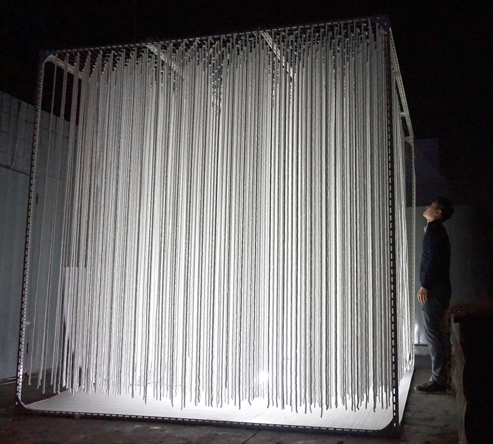 Size – 2800x2800x2800mm / Materials –  Angles, Wire mesh, Optical fiver, LED, Kitting wool, Cotton, Sponges