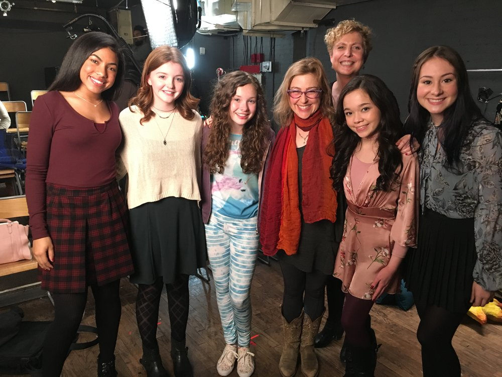 Lucy in the Sky  actresses from left to right: MADISON ZAMOR (Olivia), QUINN McCOLGAN (Rachel), ZOE MARGARET COLLETTI (Lucy), EP/Writer JEN RUDIN, ISABELLA RUSSO (Annabelle) and ALEXIS GWYNN (Chloe). Behind: DR. MELISSA NISHAWALA, NYU Sloan Adviser for  Lucy in the Sky