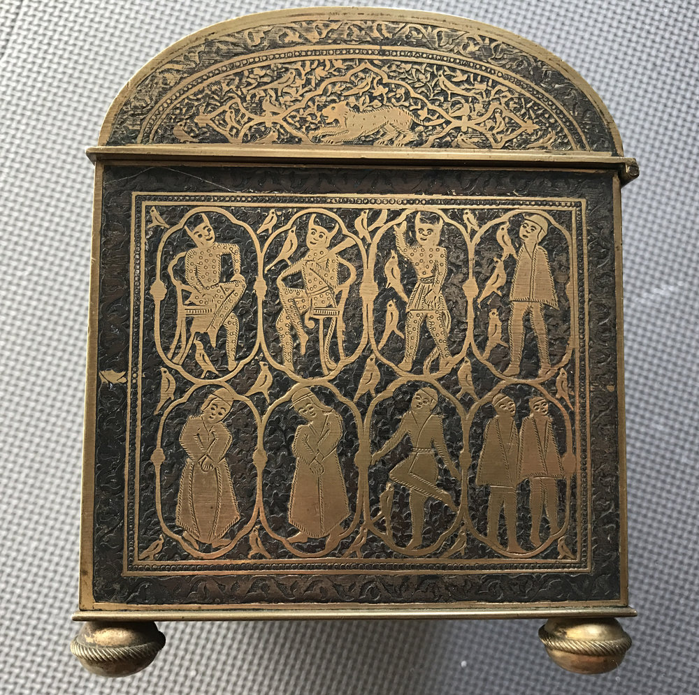 teremok_antiques_qajar_casket_2.JPG