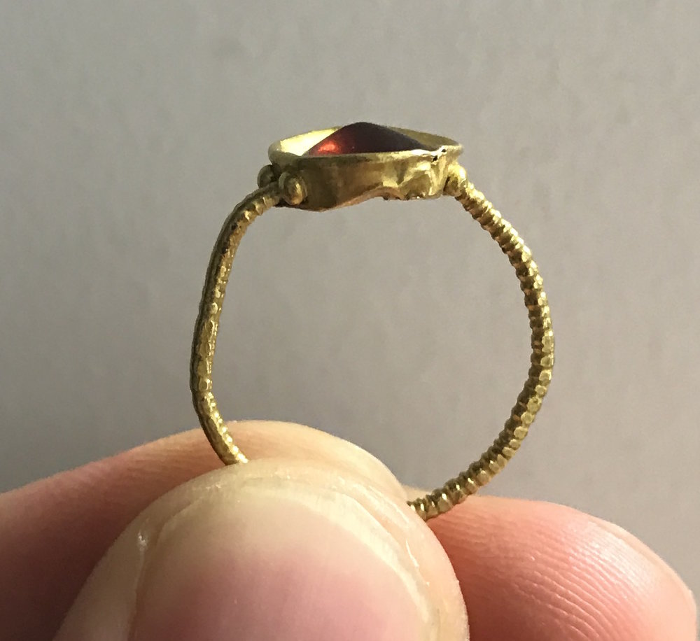 teremok_antiques_middle_ages_garnet_ring-1.JPG