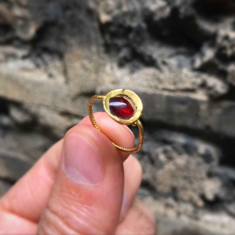 teremok_antiques_middle_ages_garnet_ring-3.JPG